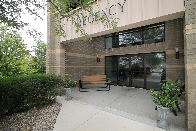 1801 Becker Avenue,Willmar,1 Bedroom Bedrooms,1 BathroomBathrooms,Single Family,Becker Avenue,6032075