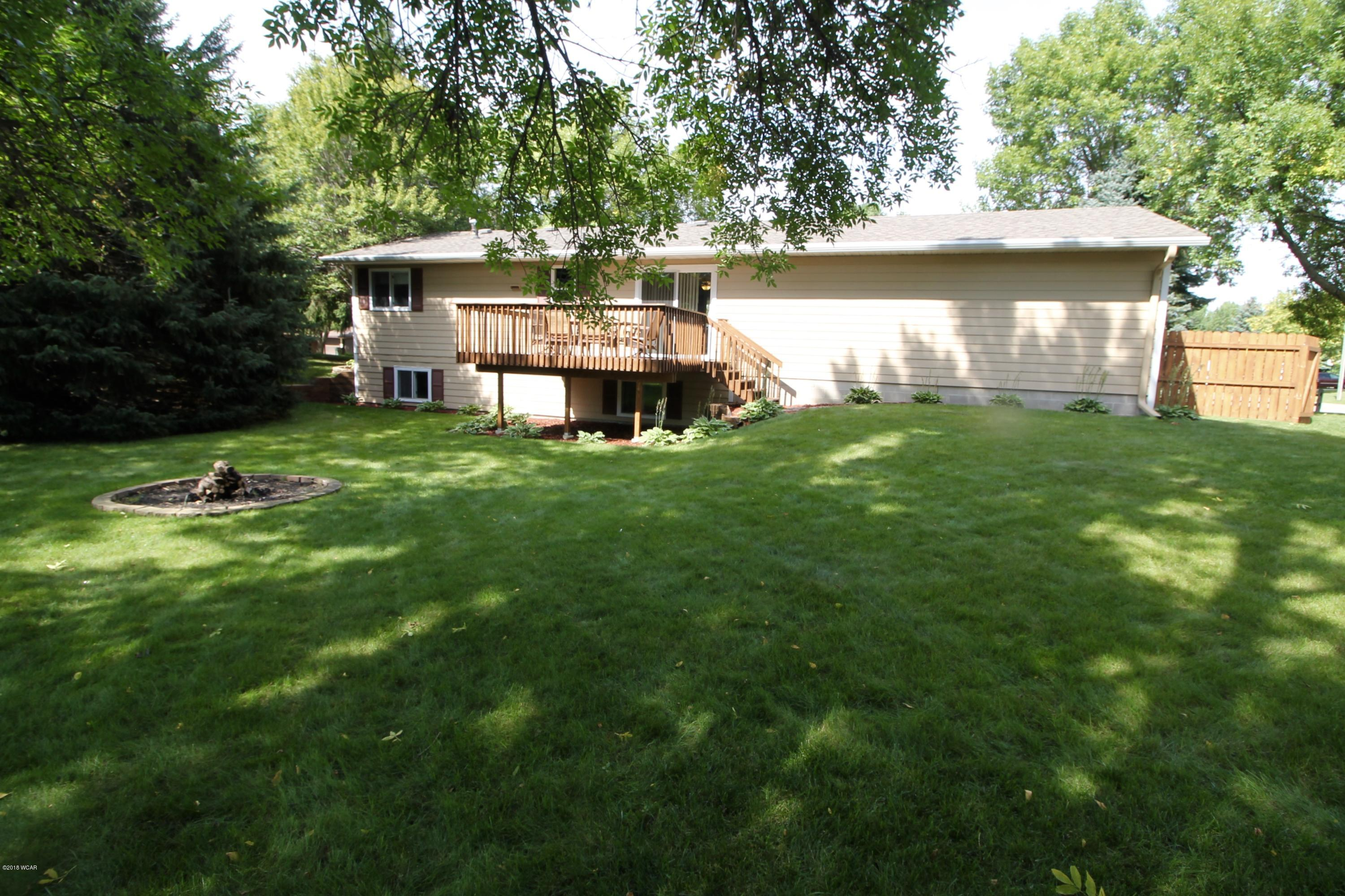2421 4th Avenue,Willmar,3 Bedrooms Bedrooms,2 BathroomsBathrooms,Single Family,4th Avenue,6032197