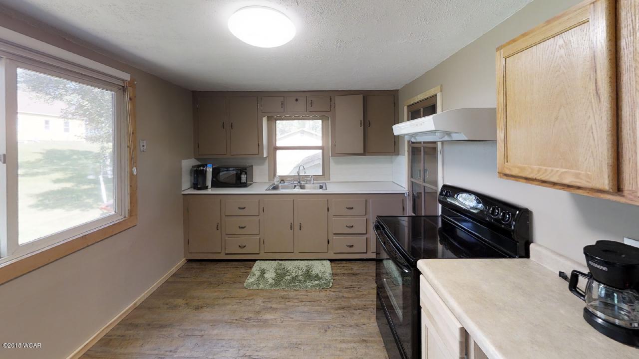5255 Hwy 71,Willmar,2 Bedrooms Bedrooms,3 BathroomsBathrooms,Single Family,Hwy 71,6032209