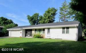 Property for sale at 876 Winnie Ave, Windom,  MN 56101