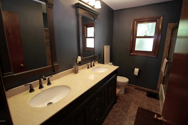 1709 6th Street,Willmar,3 Bedrooms Bedrooms,2 BathroomsBathrooms,Single Family,6th Street,6032255