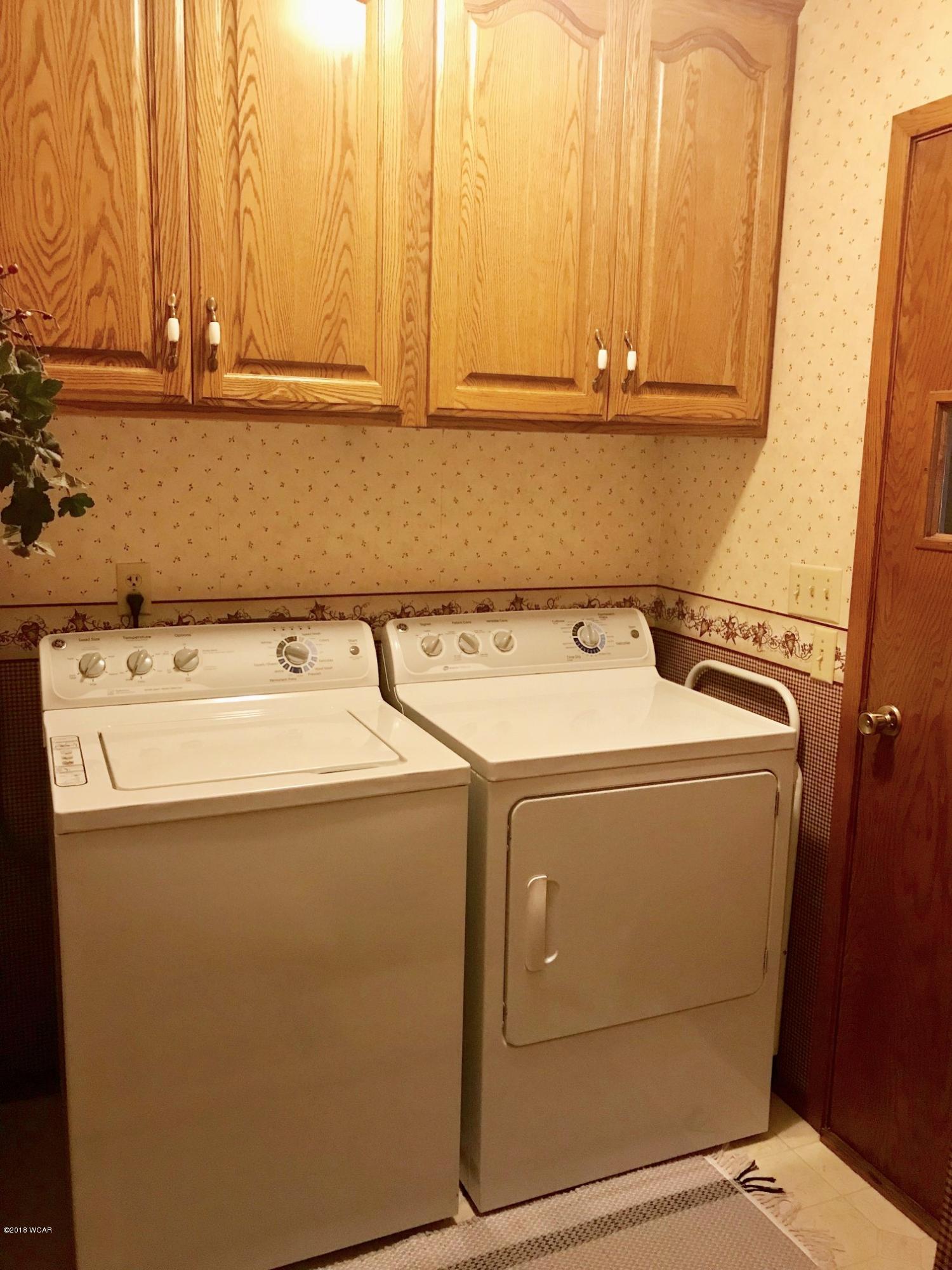 3956 189 Avenue,New London,3 Bedrooms Bedrooms,2 BathroomsBathrooms,Single Family,189 Avenue,6032267