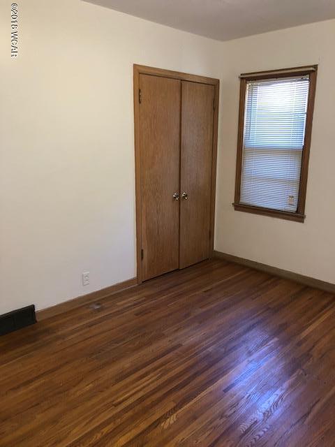 1025 5th Street,Willmar,3 Bedrooms Bedrooms,2 BathroomsBathrooms,Single Family,5th Street,6032282