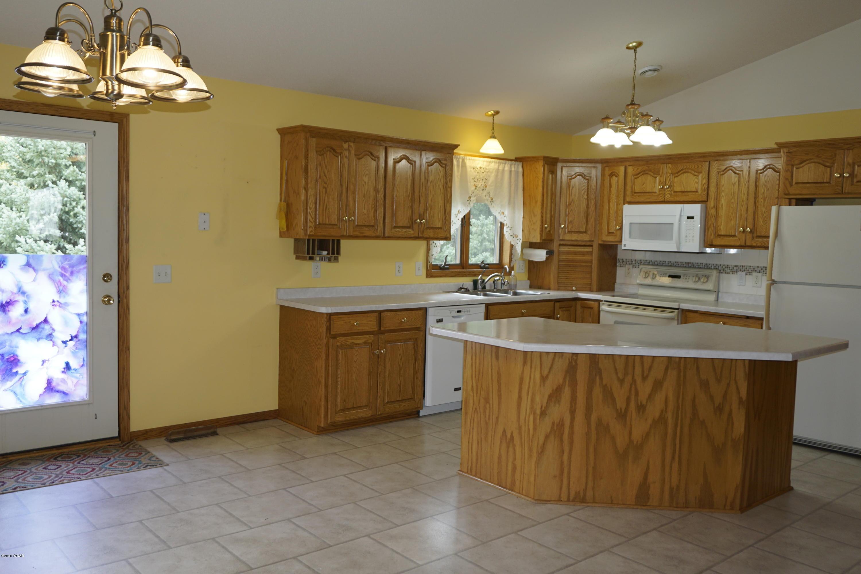 616 1st Street,Richmond,4 Bedrooms Bedrooms,3 BathroomsBathrooms,Single Family,1st Street,6032216