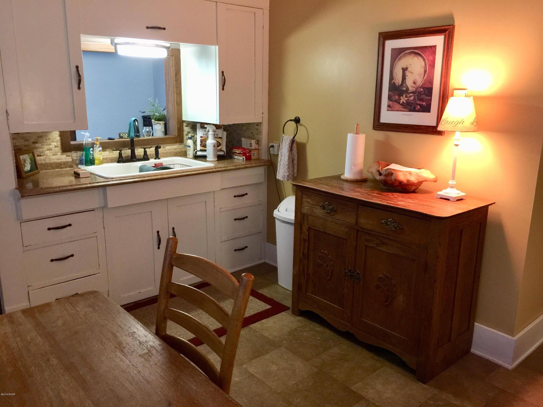 216 S 9th Street,Montevideo,5 Bedrooms Bedrooms,2 BathroomsBathrooms,Single Family,S 9th Street,6032339