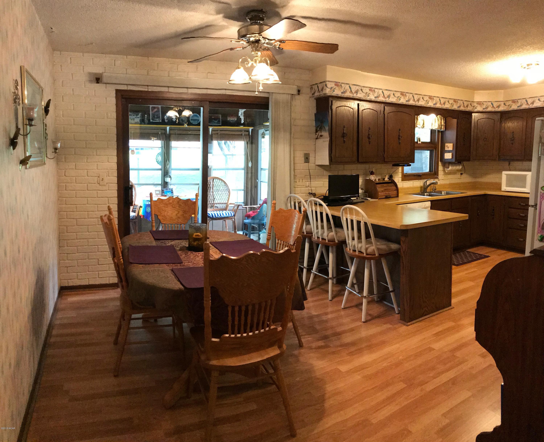 1216 11th Street,Willmar,4 Bedrooms Bedrooms,3 BathroomsBathrooms,Single Family,11th Street,6032337
