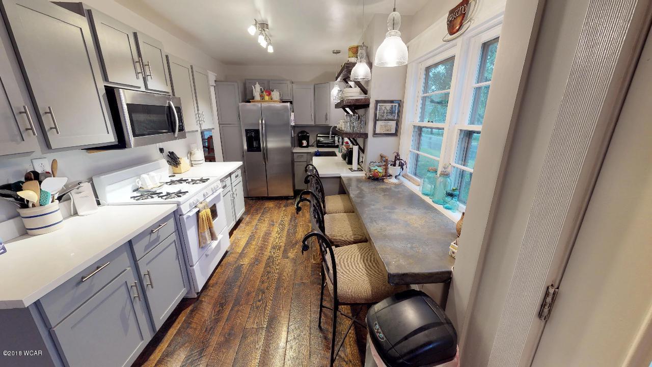 304 1st Avenue,New London,2 Bedrooms Bedrooms,2 BathroomsBathrooms,Single Family,1st Avenue,6032405