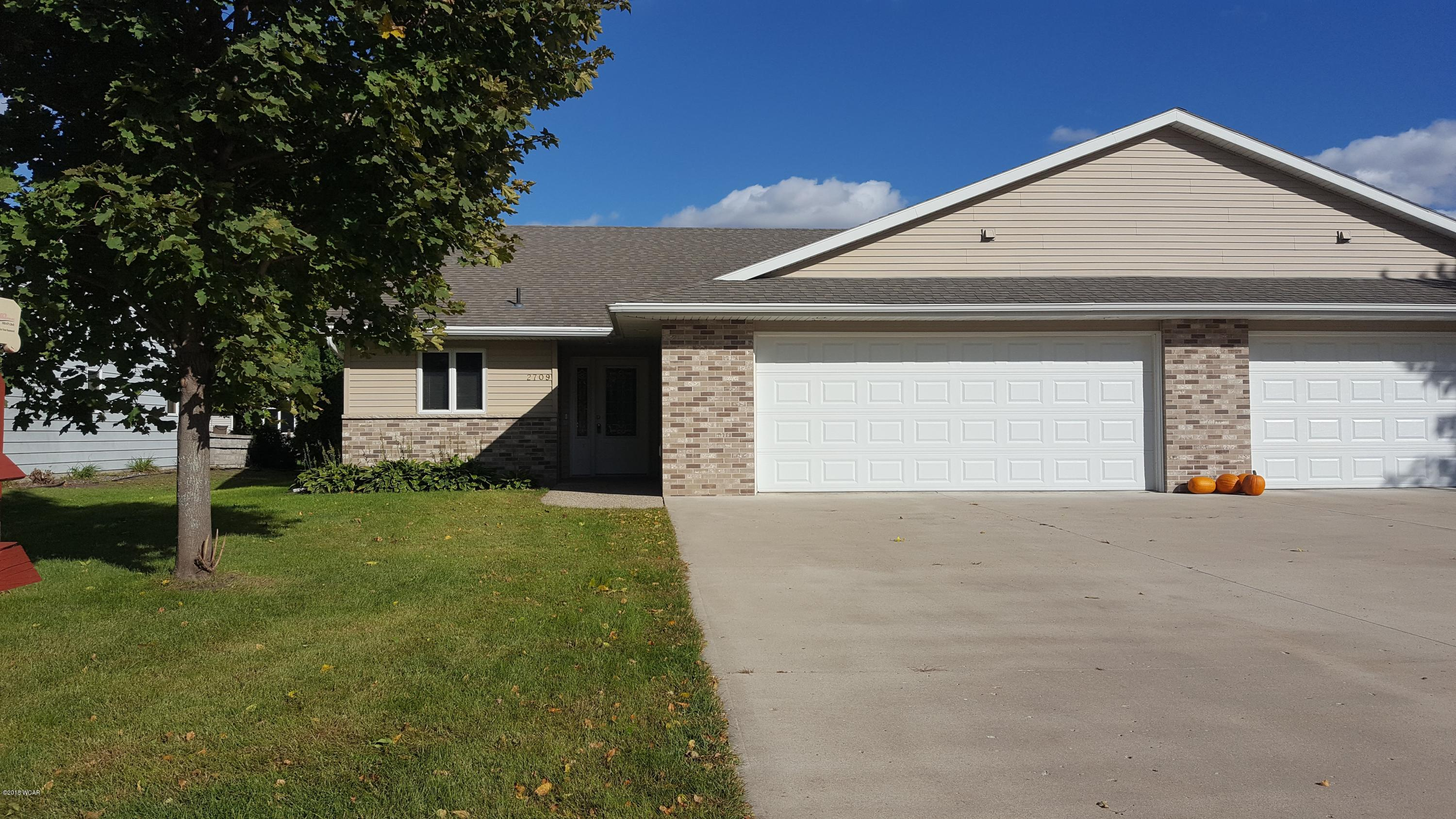 2709 6th Street,Willmar,2 Bedrooms Bedrooms,2 BathroomsBathrooms,Single Family,6th Street,6032484