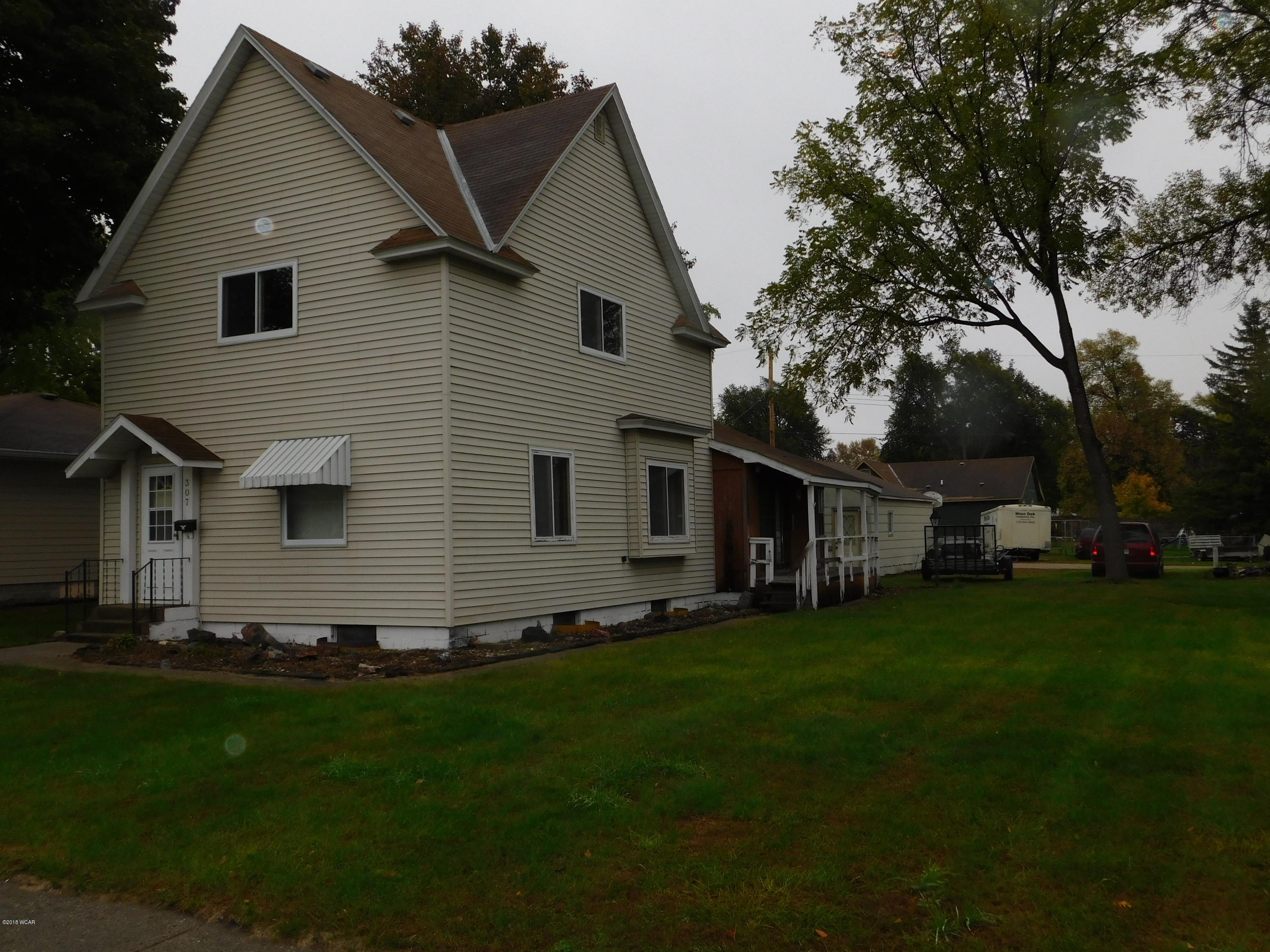 307 11th Street,Benson,4 Bedrooms Bedrooms,2 BathroomsBathrooms,Single Family,11th Street,6032543