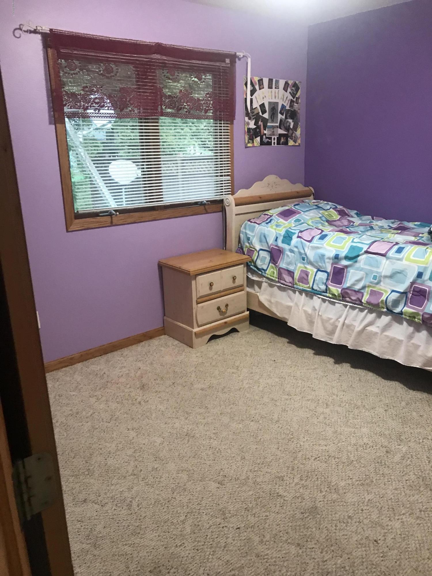 308 Hillcrest Avenue,Olivia,3 Bedrooms Bedrooms,2 BathroomsBathrooms,Single Family,Hillcrest Avenue,6032597