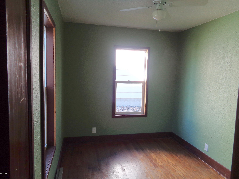 921 N 4 Street,Montevideo,3 Bedrooms Bedrooms,1 BathroomBathrooms,Single Family,N 4 Street,6032600