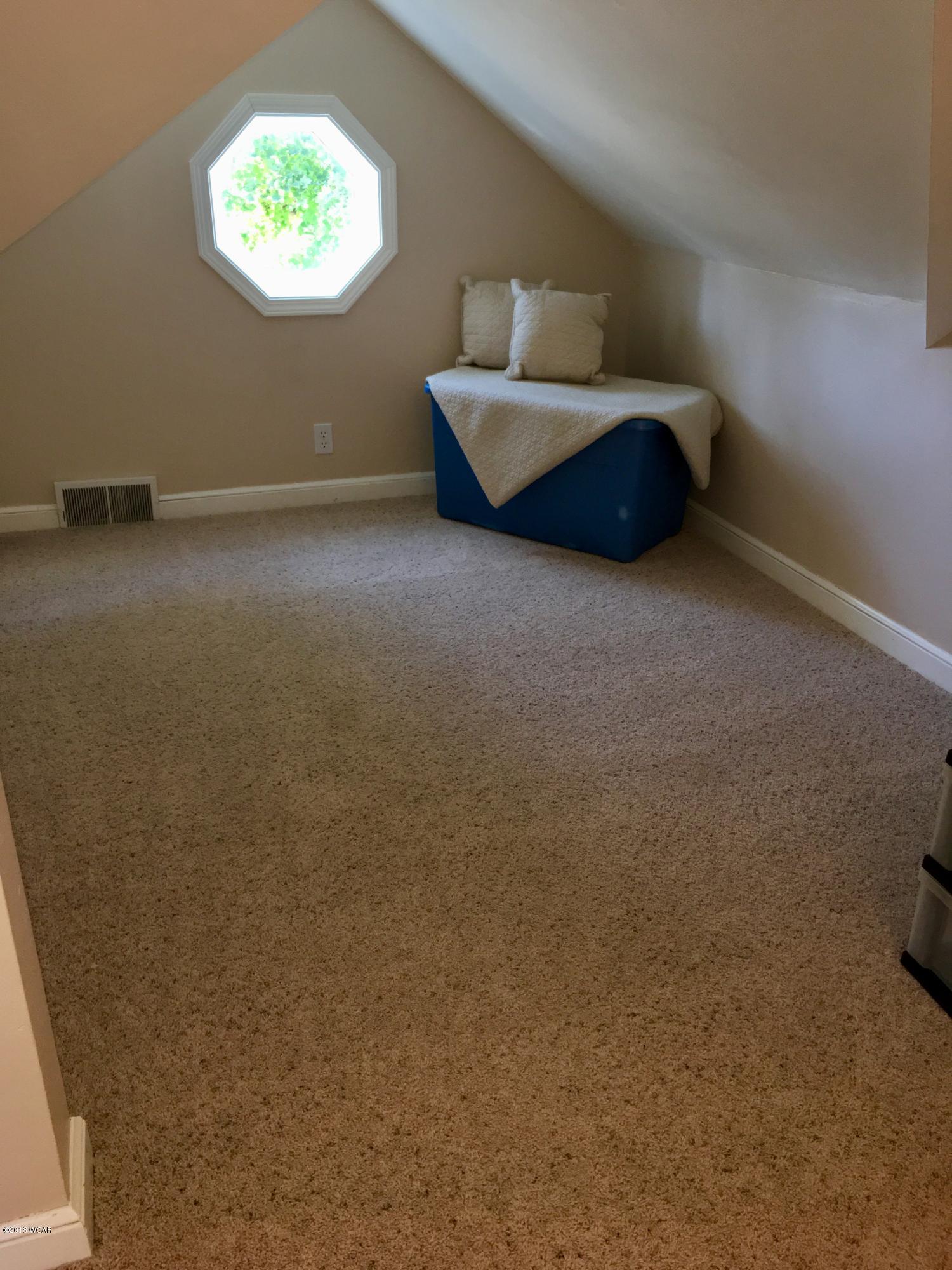 613 13th Street,Willmar,3 Bedrooms Bedrooms,2 BathroomsBathrooms,Single Family,13th Street,6032655