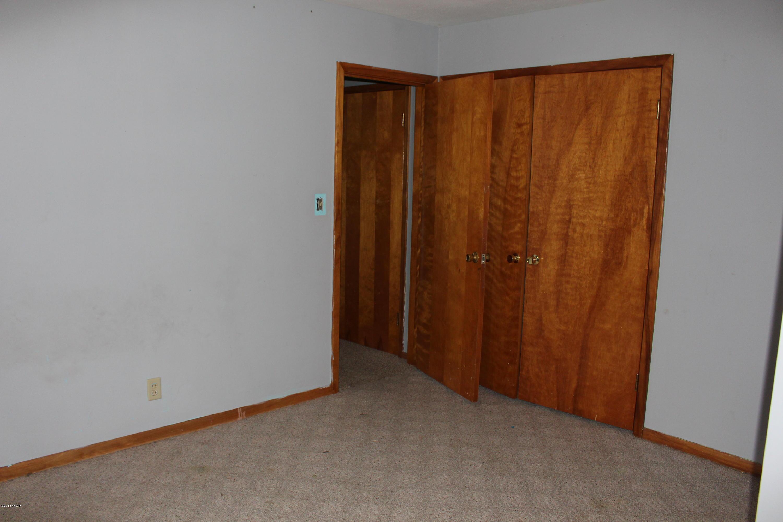 2095 60th Avenue,Montevideo,5 Bedrooms Bedrooms,2 BathroomsBathrooms,Single Family,60th Avenue,6032671