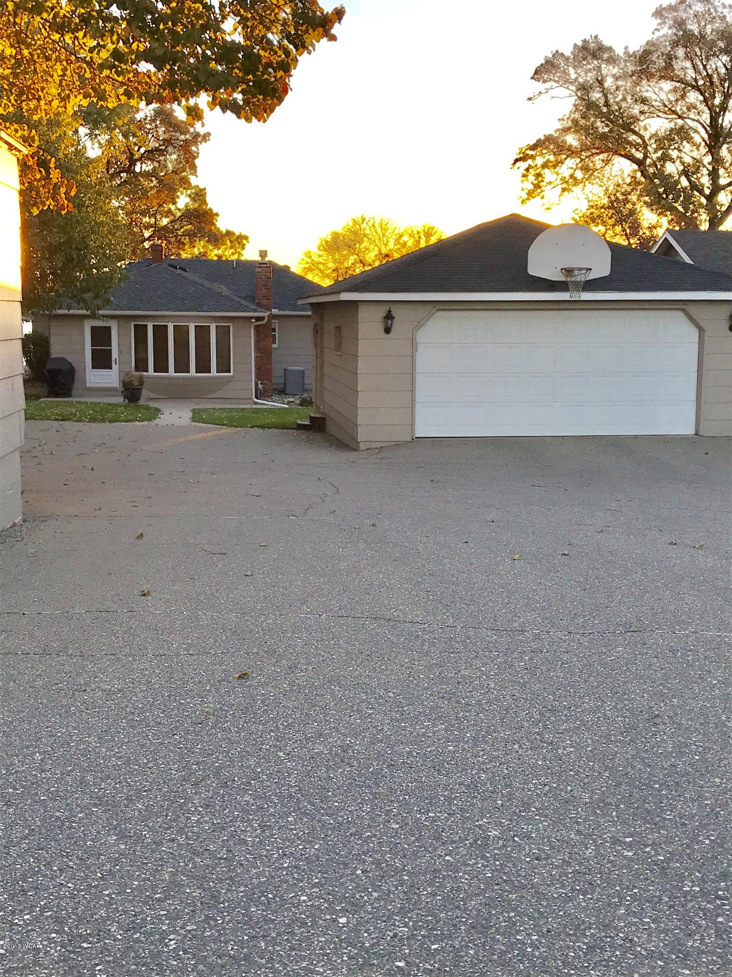 7195 Highway 71,Willmar,3 Bedrooms Bedrooms,3 BathroomsBathrooms,Single Family,Highway 71,6032688