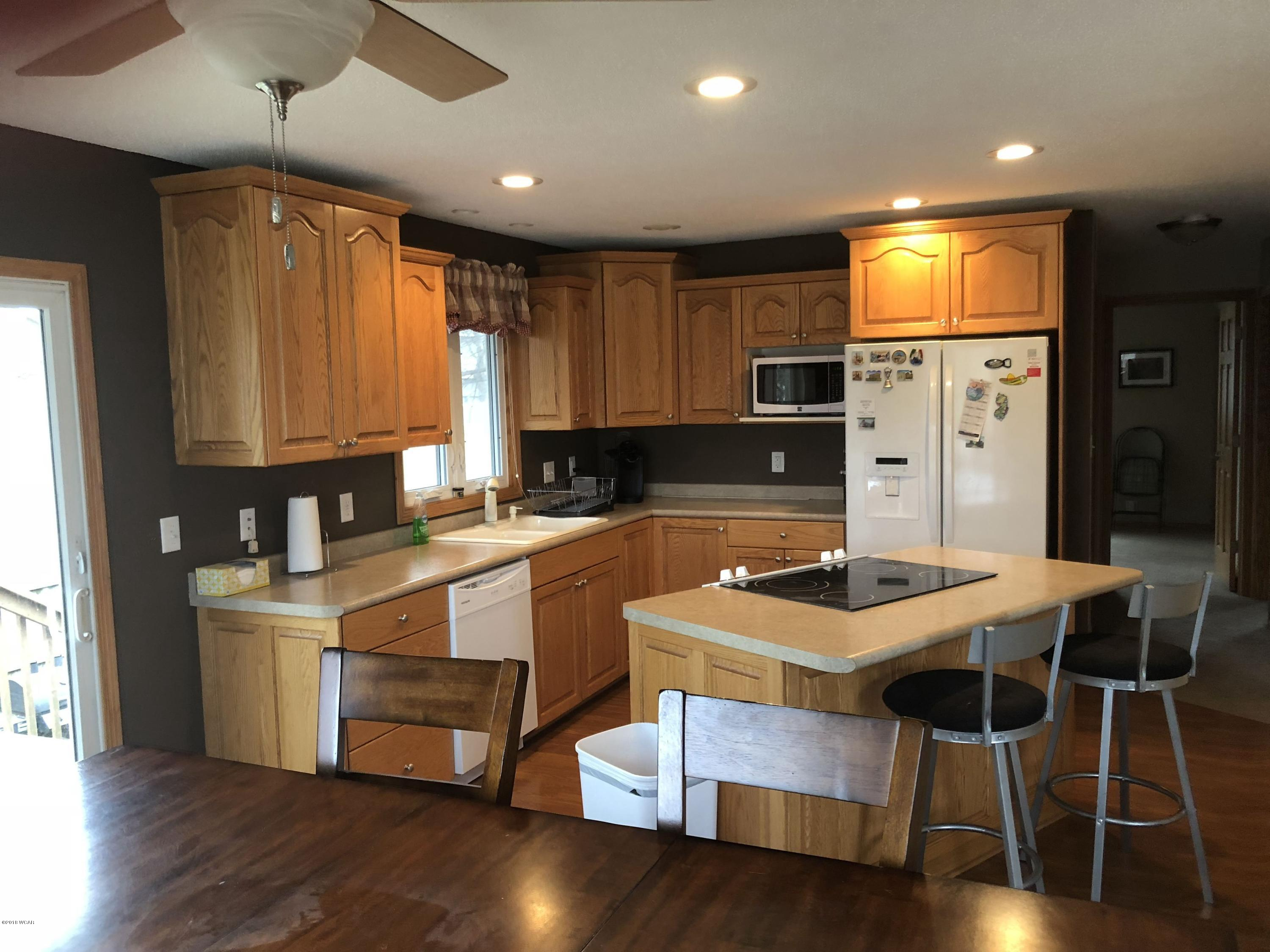 608 Lincoln Street,Atwater,4 Bedrooms Bedrooms,2 BathroomsBathrooms,Single Family,Lincoln Street,6032851