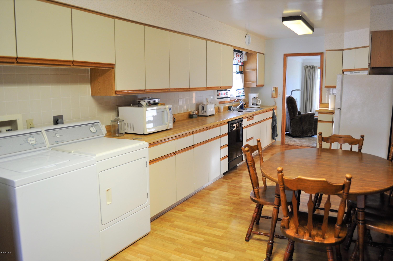 1608 N 5th Street,Montevideo,2 Bedrooms Bedrooms,2 BathroomsBathrooms,Single Family,N 5th Street,6032855