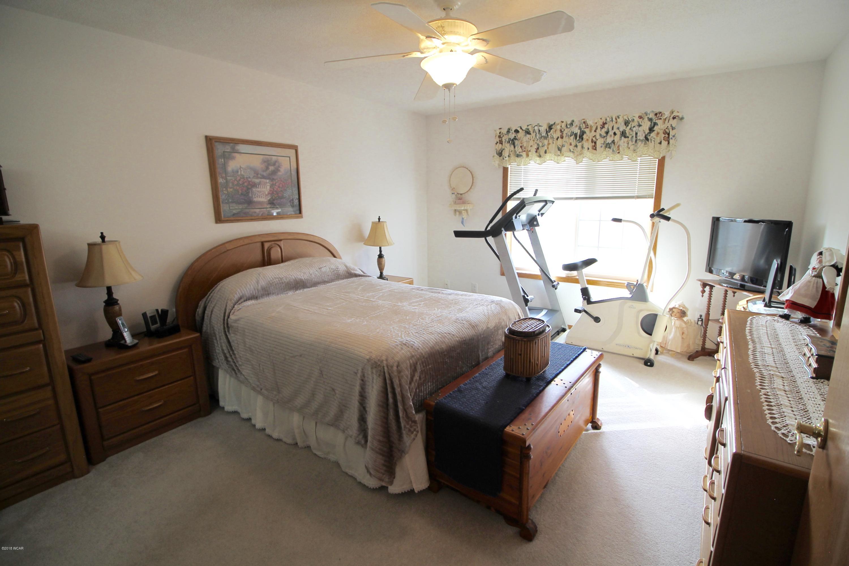 724 24th Street,Willmar,2 Bedrooms Bedrooms,2 BathroomsBathrooms,Single Family,24th Street,6032971
