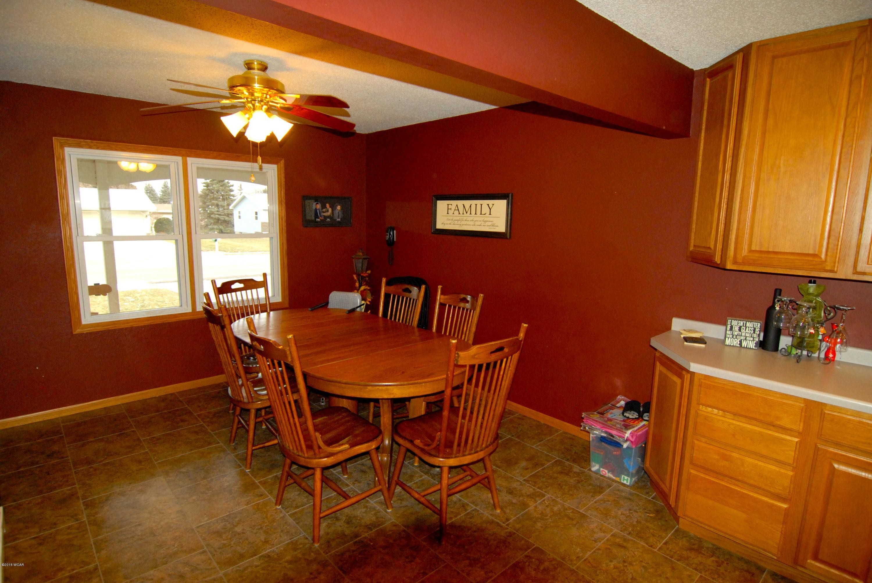 1305 Chestnut Avenue,Olivia,4 Bedrooms Bedrooms,4 BathroomsBathrooms,Single Family,Chestnut Avenue,6032992