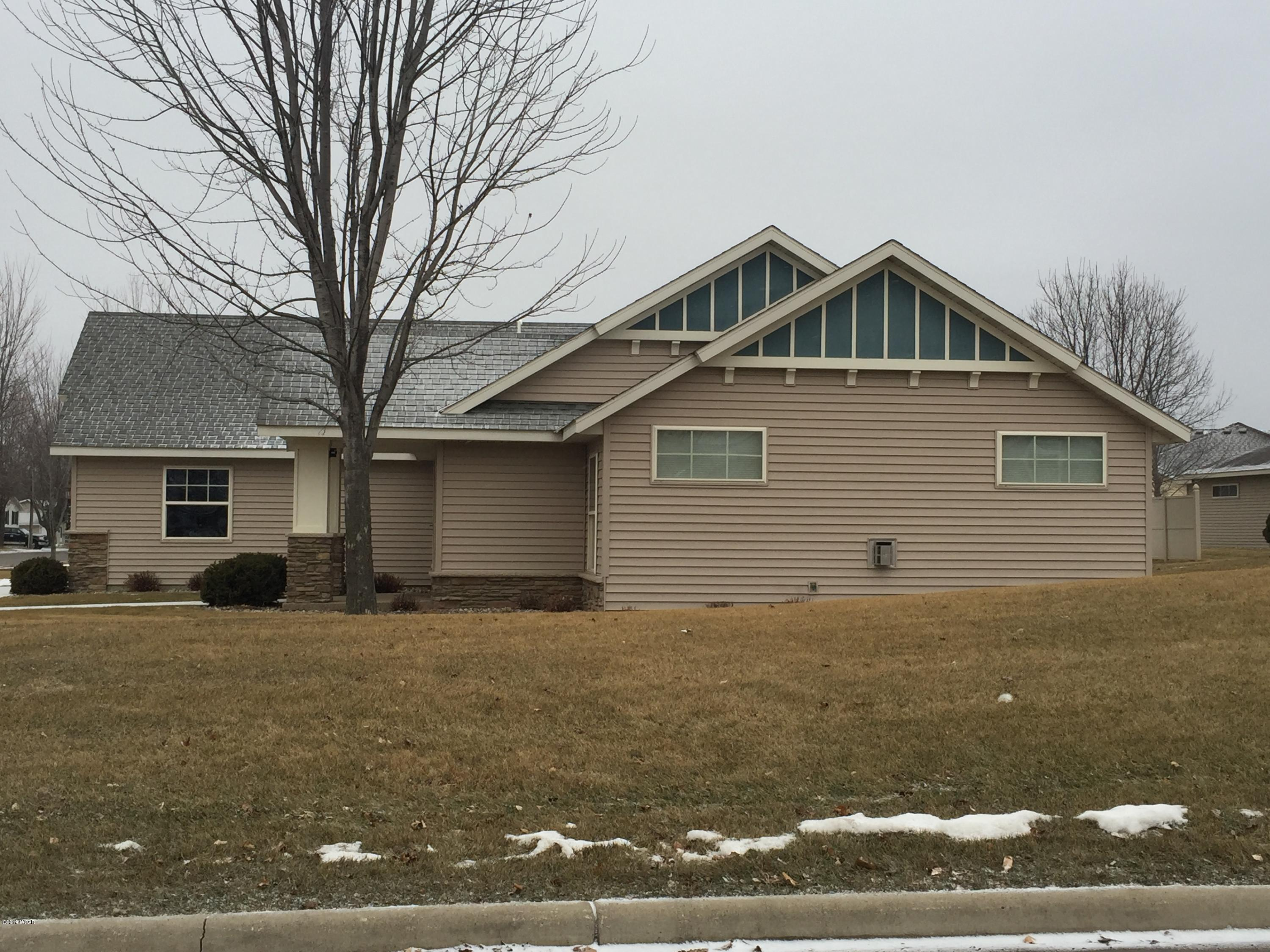 913 17th Street,Willmar,2 Bedrooms Bedrooms,2 BathroomsBathrooms,Single Family,17th Street,6033242