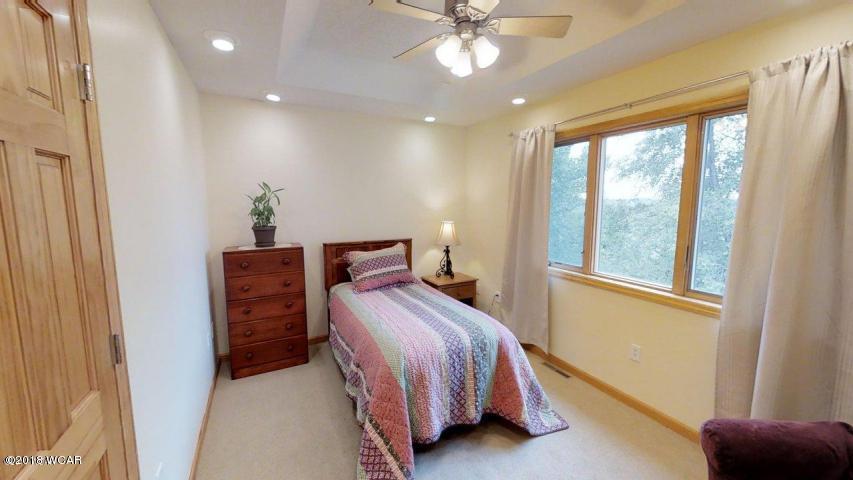 5024 Highview Drive,Montevideo,5 Bedrooms Bedrooms,5 BathroomsBathrooms,Single Family,Highview Drive,6033249