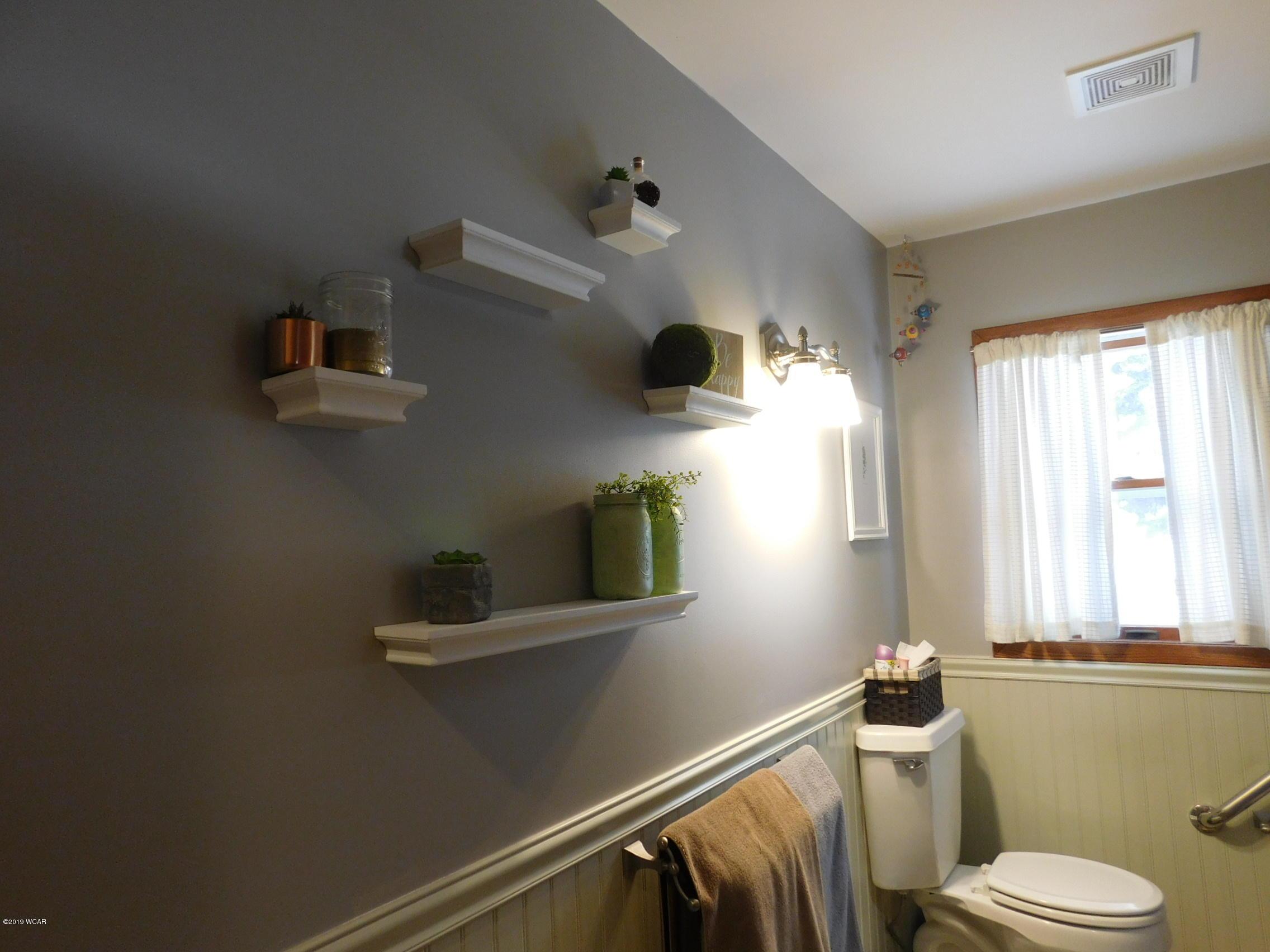 704 Breu Avenue,Olivia,3 Bedrooms Bedrooms,1 BathroomBathrooms,Single Family,Breu Avenue,6033323