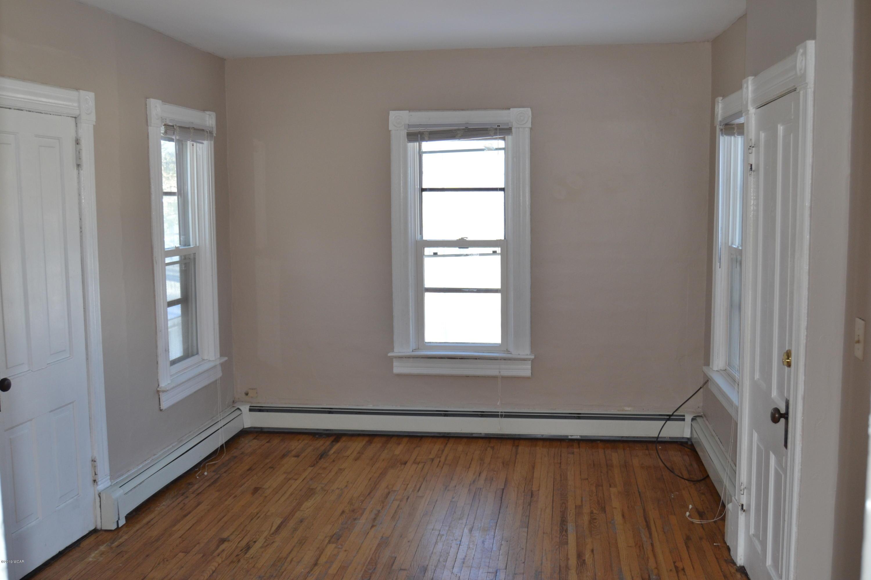 512 3rd Street,Willmar,3 Bedrooms Bedrooms,2 BathroomsBathrooms,MultiFamily,3rd Street,6033367