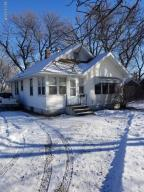 Property for sale at 929 Lakeview Avenue, Windom,  MN 56101