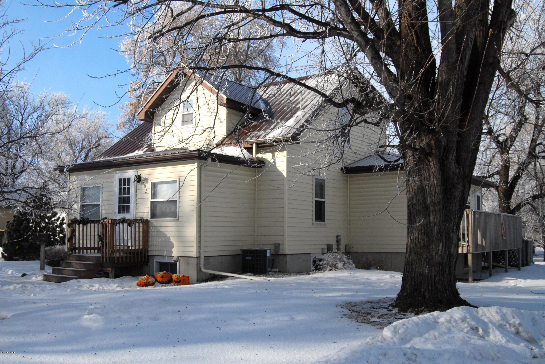 702 Evergreen Avenue,Olivia,4 Bedrooms Bedrooms,3 BathroomsBathrooms,Single Family,Evergreen Avenue,6033430