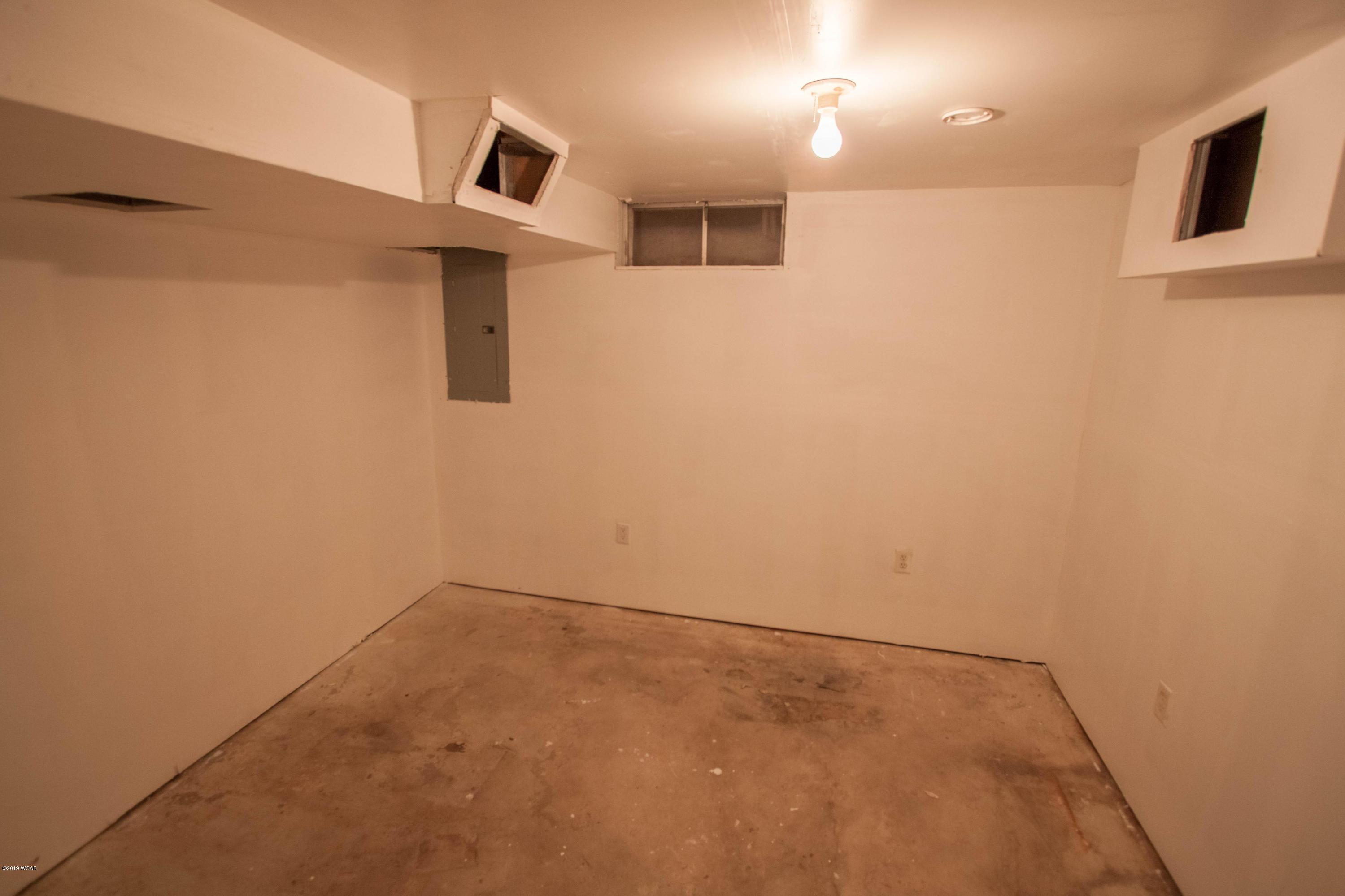 348 SE 14 Street,Willmar,3 Bedrooms Bedrooms,1 BathroomBathrooms,Single Family,SE 14 Street,6033456