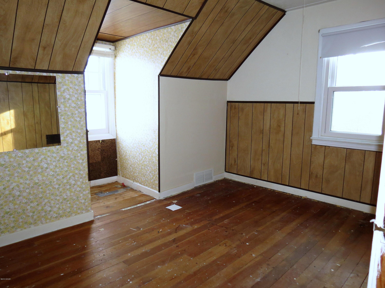 1106 Park Avenue,Olivia,3 Bedrooms Bedrooms,2 BathroomsBathrooms,Single Family,Park Avenue,6033550