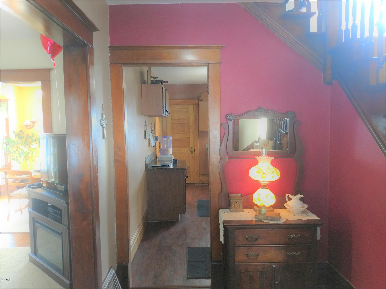 126 Washington Avenue,Montevideo,4 Bedrooms Bedrooms,2 BathroomsBathrooms,Single Family,Washington Avenue,6033557