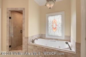 Master Tile Bath/Shower