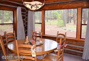 Cabin Diningroom