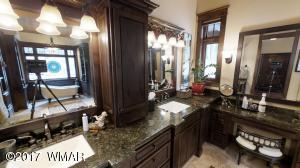 Master Bath sinks and vanity