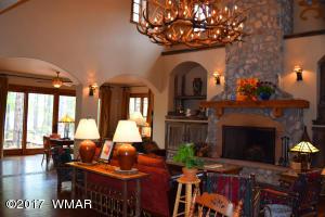 Main House Livingroom 1