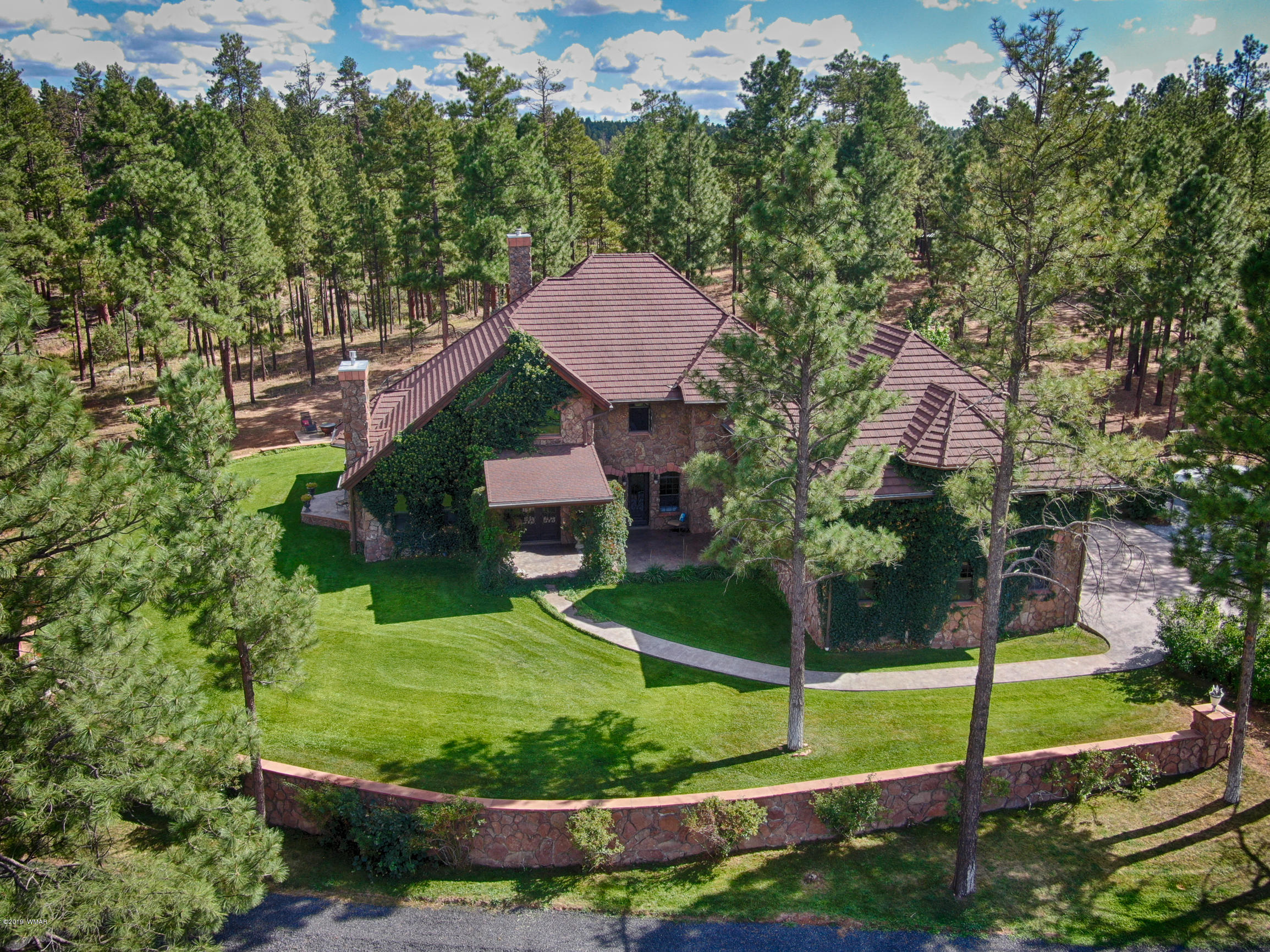 Photo of 889 Neal Road, Show Low, AZ 85901