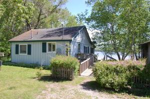 Listing 308542 Alanson Michigan - Pickerel Lake