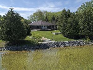 Mullett Lake Waterfront Real Estate | Burt & Mullett Lake