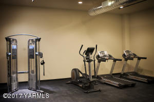 5 Lofts Gym Facility
