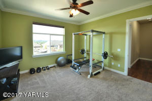22 Large Workout Room with Full Bathroom