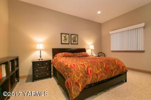 Bedroom in Casita