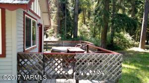 Grandview Cottage Deck/Hot tub