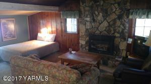 Selah Cottage