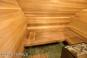 15d Sauna In MasterBedroom