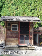 gardeners shed