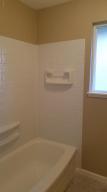 Main bath with tub