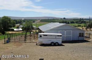 Barn & Trailer parking