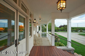 3 Picturesque Porch