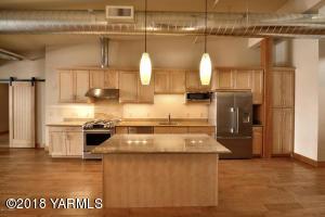 2-Gorgeous Kitchen