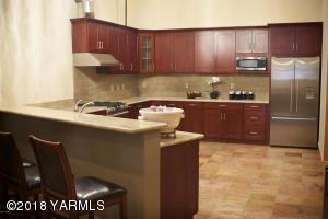 11-Community Room Kitchen